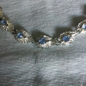 Jewelry - Vintage silver and blue rhinestone necklace